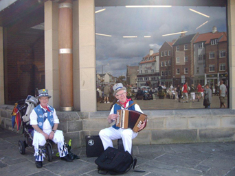 Musicans at Whitby Folk Week Photo