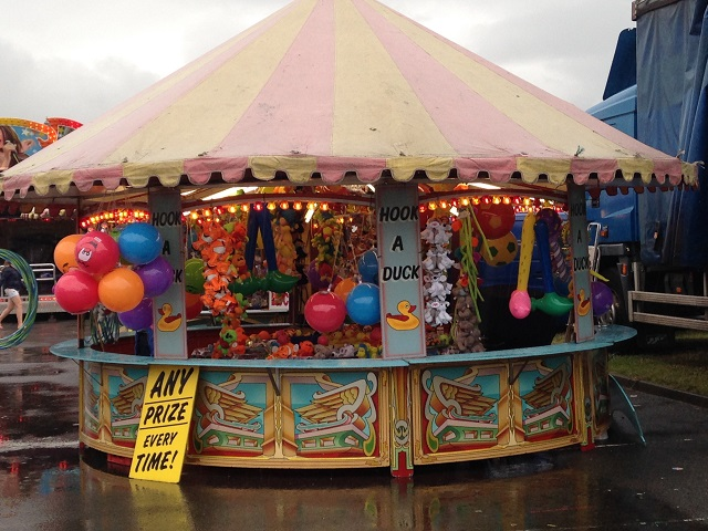 Photo of hook a duck stall